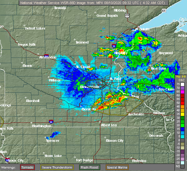 Radar Image for Severe Thunderstorms near Red Wing, MN at 8/10/2020 4:34 AM CDT