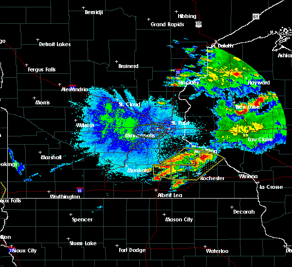 Radar Image for Severe Thunderstorms near Dodge Center, MN at 8/10/2020 5:03 AM CDT