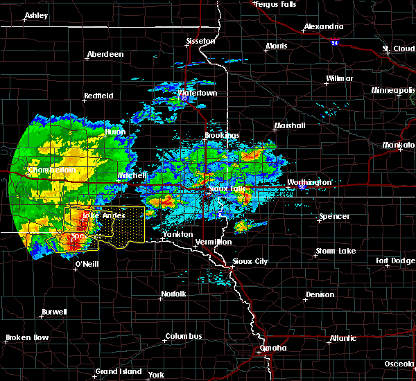 Radar Image for Severe Thunderstorms near Springfield, SD at 8/10/2020 5:52 AM CDT