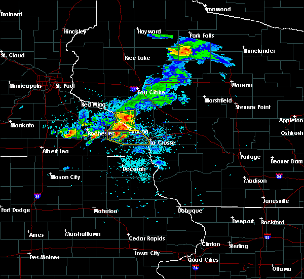 Radar Image for Severe Thunderstorms near Alma, WI at 8/10/2020 6:06 AM CDT