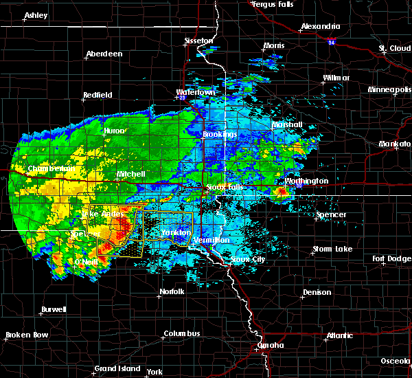 Radar Image for Severe Thunderstorms near Volin, SD at 8/10/2020 6:36 AM CDT