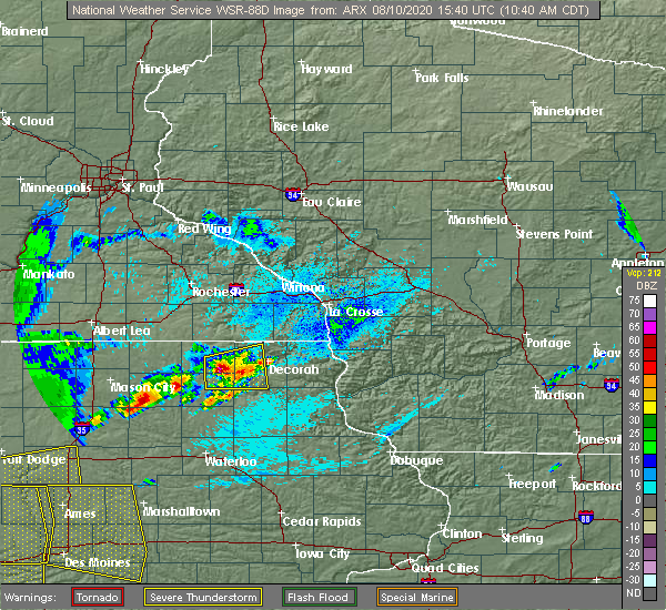 Radar Image for Severe Thunderstorms near Burr Oak, IA at 8/10/2020 10:44 AM CDT