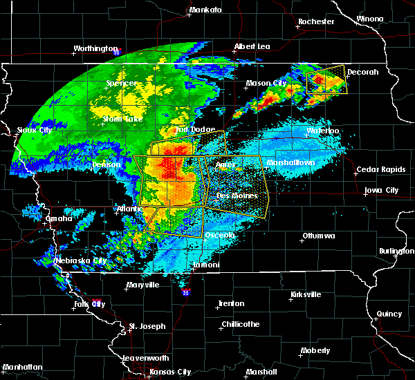 Radar Image for Severe Thunderstorms near Carlisle, IA at 8/10/2020 10:49 AM CDT