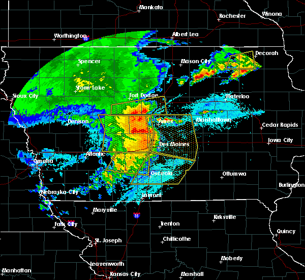 Radar Image for Severe Thunderstorms near Coalville, IA at 8/10/2020 10:57 AM CDT