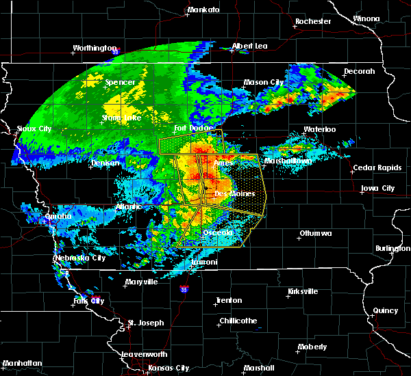 Radar Image for Severe Thunderstorms near Steamboat Rock, IA at 8/10/2020 11:13 AM CDT