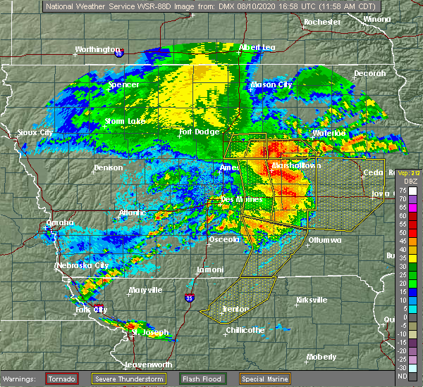 Radar Image for Severe Thunderstorms near Steamboat Rock, IA at 8/10/2020 12:03 PM CDT