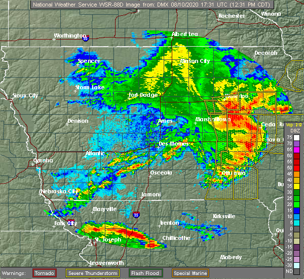 Radar Image for Severe Thunderstorms near Dunkerton, IA at 8/10/2020 12:40 PM CDT