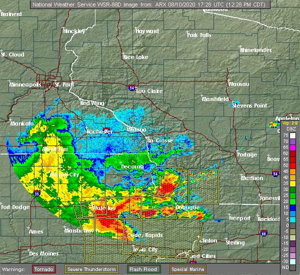 Radar Image for Severe Thunderstorms near Woodman, WI at 8/10/2020 12:46 PM CDT
