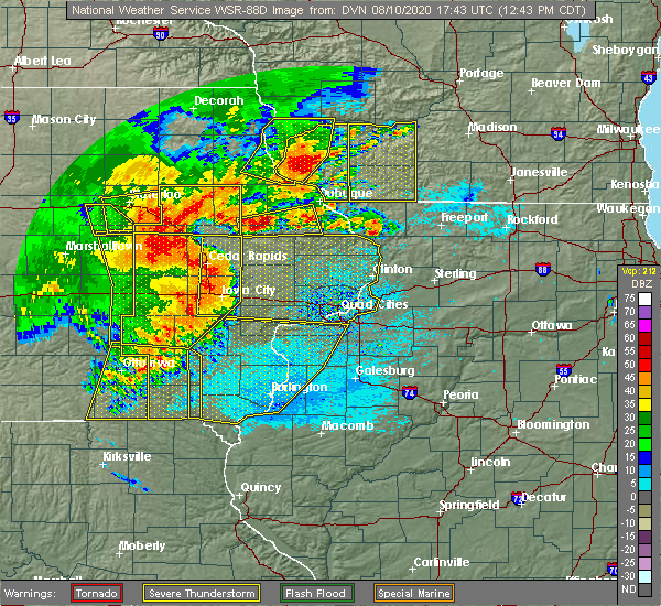Radar Image for Severe Thunderstorms near Vinton, IA at 8/10/2020 12:50 PM CDT