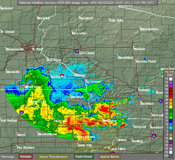 Radar Image for Severe Thunderstorms near Lancaster, WI at 8/10/2020 1:05 PM CDT