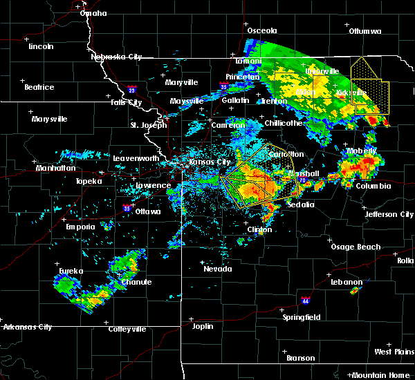 Radar Image for Severe Thunderstorms near Sweet Springs, MO at 8/10/2020 3:23 PM CDT