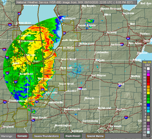Radar Image for Severe Thunderstorms near Bass Lake, IN at 8/10/2020 6:22 PM EDT
