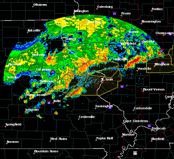 Radar Image for Severe Thunderstorms near Greenville, IL at 8/10/2020 5:22 PM CDT