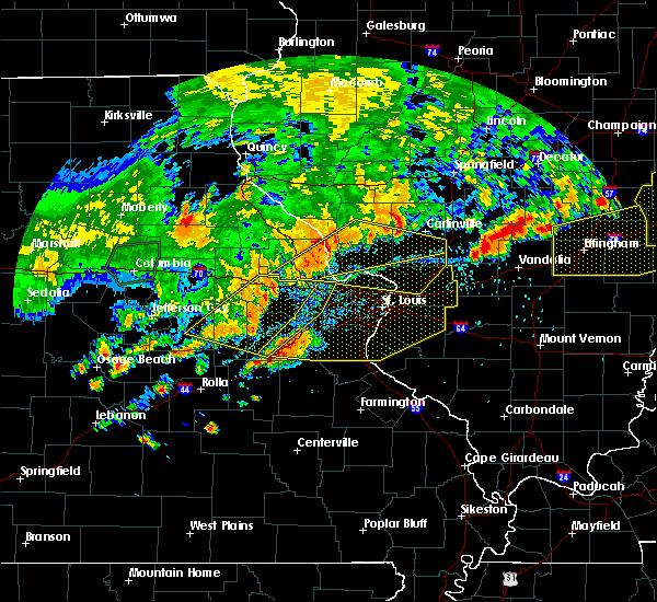 Radar Image for Severe Thunderstorms near Hillsboro, IL at 8/10/2020 5:22 PM CDT