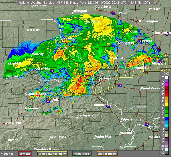 Radar Image for Severe Thunderstorms near Hillsboro, IL at 8/10/2020 5:56 PM CDT