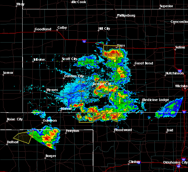 Radar Image for Severe Thunderstorms near Meade, KS at 8/10/2020 6:11 PM CDT