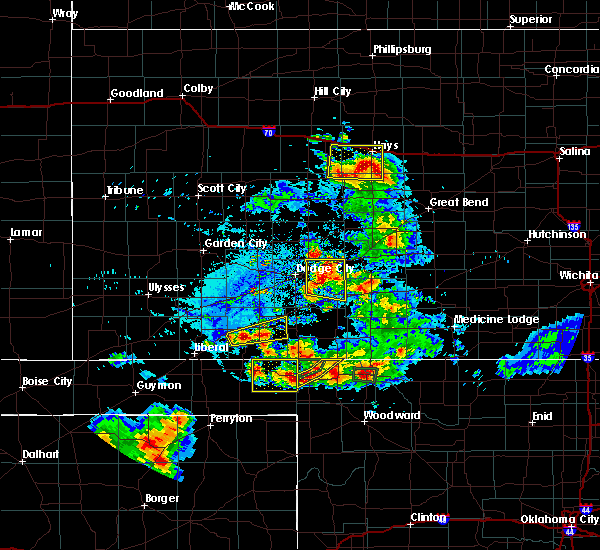Radar Image for Severe Thunderstorms near Spearville, KS at 8/10/2020 6:24 PM CDT