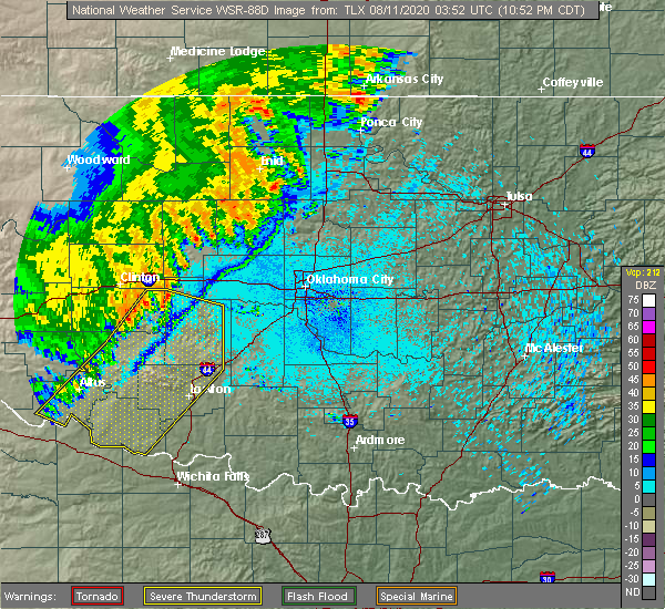 Radar Image for Severe Thunderstorms near Mustang, OK at 8/10/2020 10:59 PM CDT