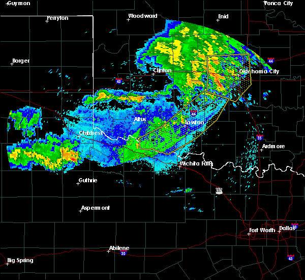 Radar Image for Severe Thunderstorms near Bray, OK at 8/11/2020 12:12 AM CDT