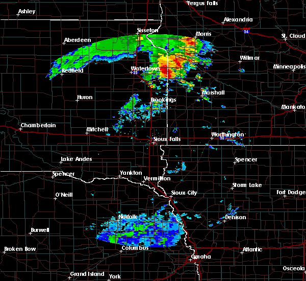 Radar Image for Severe Thunderstorms near Dawson, MN at 8/12/2020 6:07 AM CDT