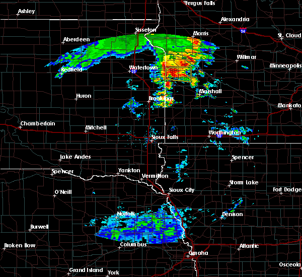 Radar Image for Severe Thunderstorms near Dawson, MN at 8/12/2020 6:22 AM CDT