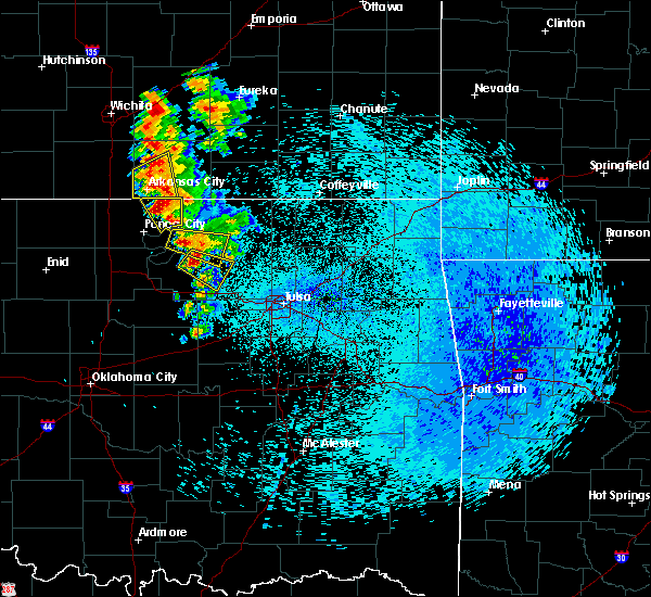 Radar Image for Severe Thunderstorms near Fairfax, OK at 8/13/2020 1:03 AM CDT