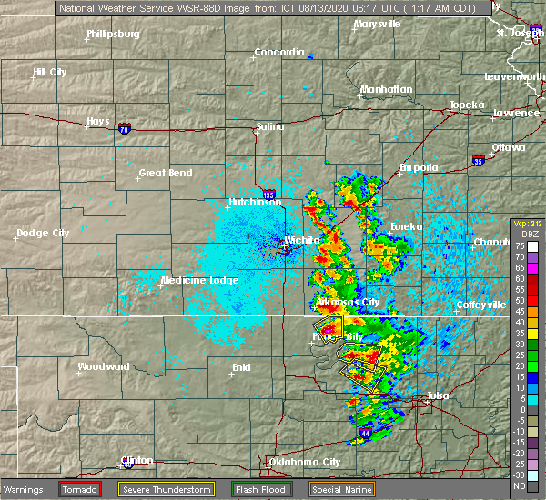 Radar Image for Severe Thunderstorms near Winfield, KS at 8/13/2020 1:21 AM CDT