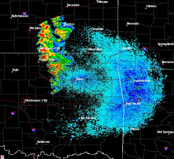 Radar Image for Severe Thunderstorms near Fairfax, OK at 8/13/2020 1:24 AM CDT