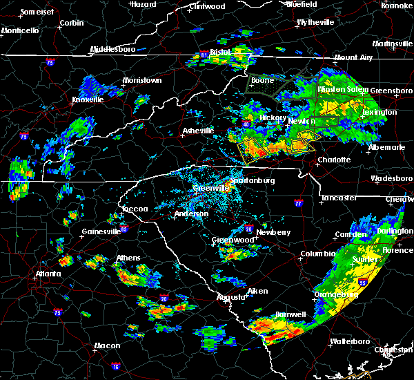 Radar Image for Severe Thunderstorms near Charlotte, NC at 8/13/2020 6:33 PM EDT