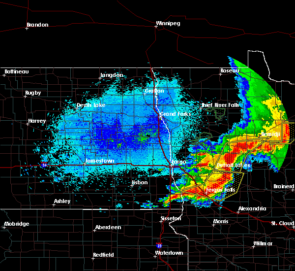 Radar Image for Severe Thunderstorms near Battle Lake, MN at 8/14/2020 12:32 AM CDT