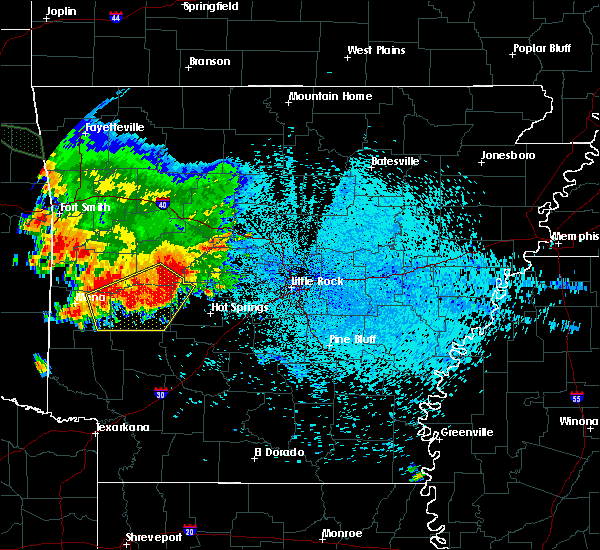 Radar Image for Severe Thunderstorms near Midway, AR at 8/14/2020 5:32 AM CDT