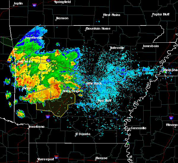 Radar Image for Severe Thunderstorms near Midway, AR at 8/14/2020 6:00 AM CDT