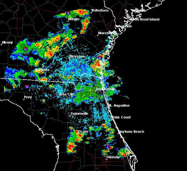 Radar Image for Severe Thunderstorms near Darien, GA at 7/4/2015 4:18 PM EDT