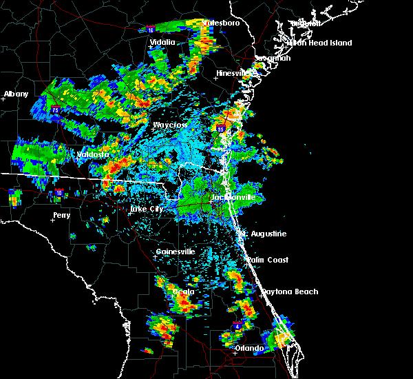 Radar Image for Severe Thunderstorms near Darien, GA at 7/4/2015 4:45 PM EDT