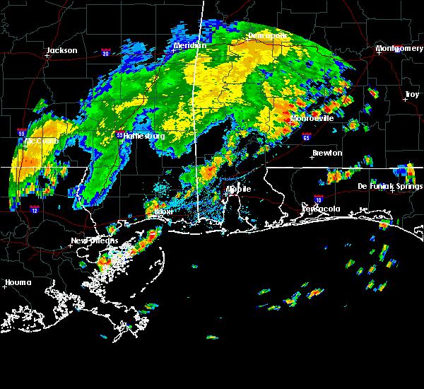 Radar Image for Severe Thunderstorms near Monroeville, AL at 7/4/2015 5:16 PM CDT