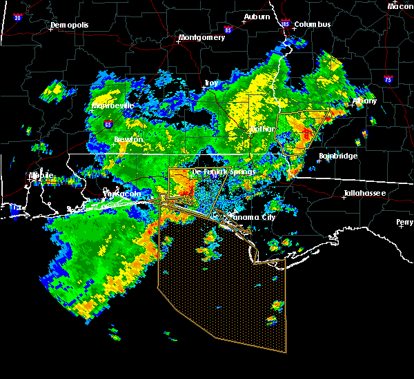 Radar Image for Severe Thunderstorms near Ponce de Leon, FL at 7/5/2015 9:52 AM CDT