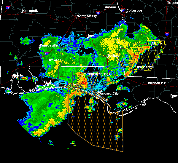 Radar Image for Severe Thunderstorms near Lynn Haven, FL at 7/5/2015 11:03 AM CDT