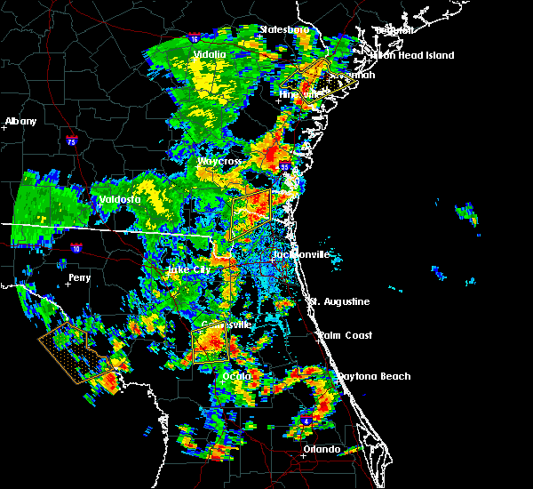 Radar Image for Severe Thunderstorms near Baldwin, FL at 7/5/2015 4:14 PM EDT