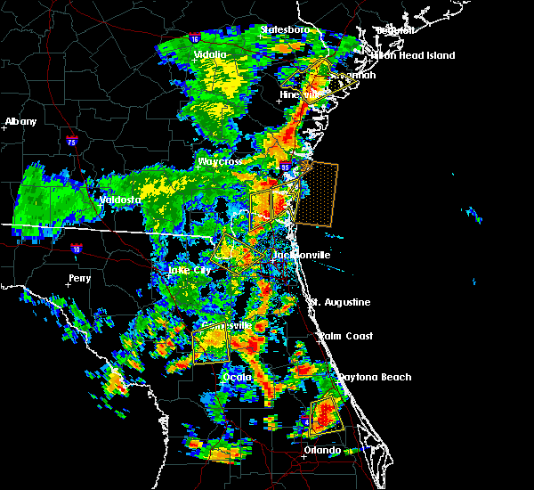 Radar Image for Severe Thunderstorms near East Palatka, FL at 7/5/2015 4:28 PM EDT