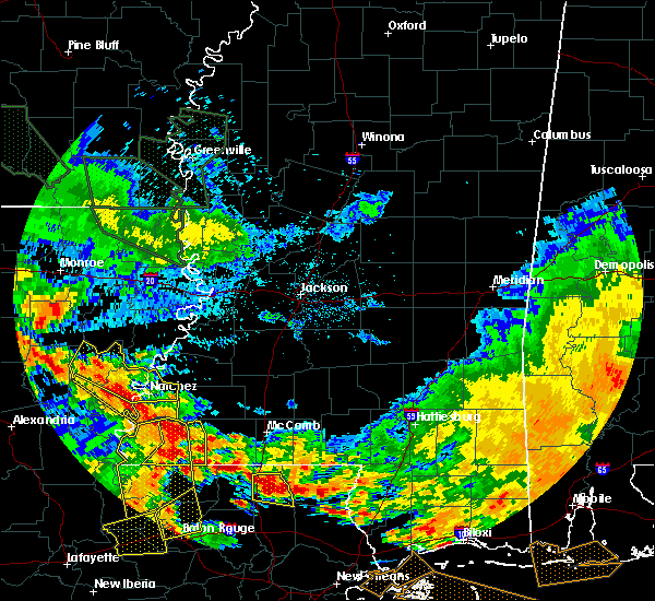 Radar Image for Severe Thunderstorms near Crosby, MS at 7/5/2015 4:01 PM CDT