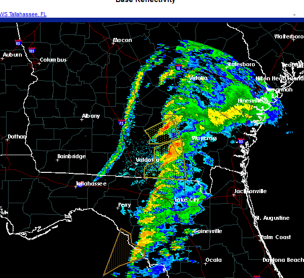 Radar Image for Severe Thunderstorms near Homerville, GA at 11/30/2020 4:20 AM EST