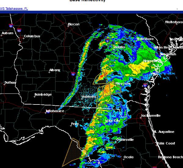 Radar Image for Severe Thunderstorms near Homerville, GA at 11/30/2020 4:25 AM EST