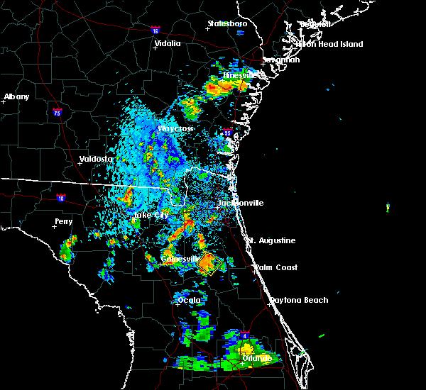 Radar Image for Severe Thunderstorms near Palatka, FL at 7/7/2015 5:43 PM EDT