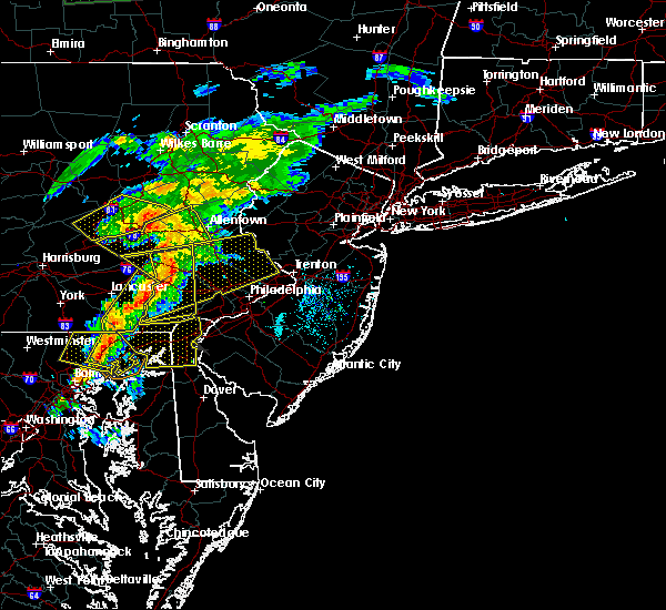Radar Image for Severe Thunderstorms near Hometown, PA at 7/9/2015 7:02 PM EDT