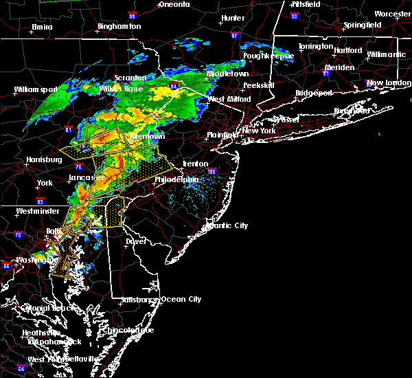 Radar Image for Severe Thunderstorms near Blandon, PA at 7/9/2015 7:15 PM EDT