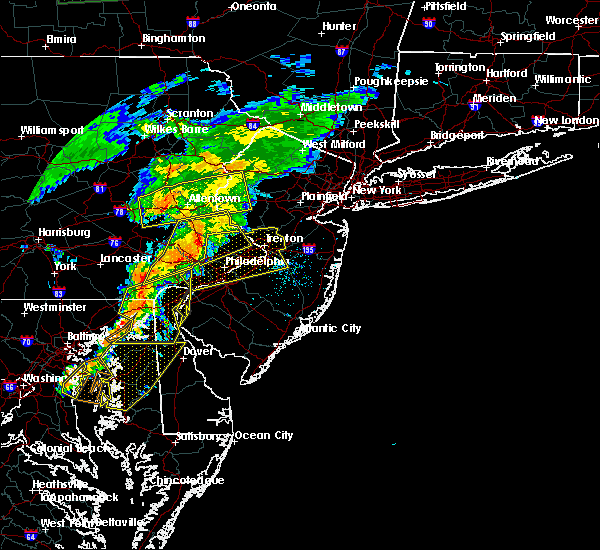 Radar Image for Severe Thunderstorms near Roebling, NJ at 7/9/2015 7:44 PM EDT