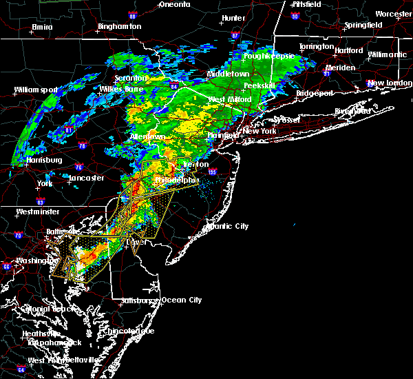Radar Image for Severe Thunderstorms near Roebling, NJ at 7/9/2015 8:12 PM EDT