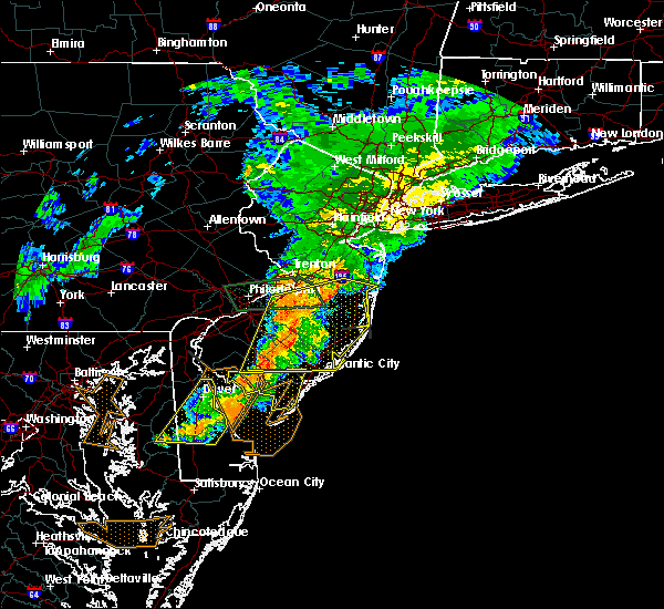 Radar Image for Severe Thunderstorms near Browns Mills, NJ at 7/9/2015 8:58 PM EDT