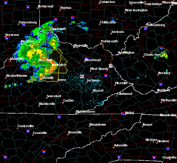 Radar Image for Severe Thunderstorms near Morehead, KY at 7/10/2015 12:27 PM EDT