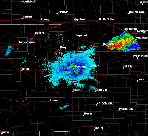 Radar Image for Severe Thunderstorms near Indianola, NE at 7/10/2015 11:17 PM CDT
